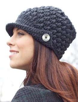 Women's Peaked Cap in Patons Canadiana