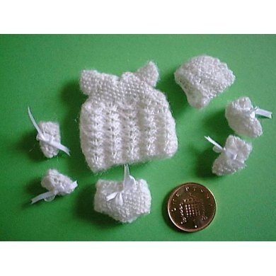 1:12th scale Baby Layette set