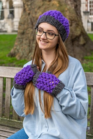 Mesh Stitch Hat and Mitts
