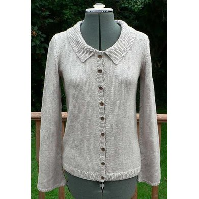 Long sleeved cardigan with flared sleeves