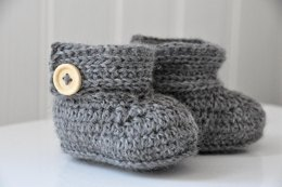 Wrap Around Crochet Baby Boots