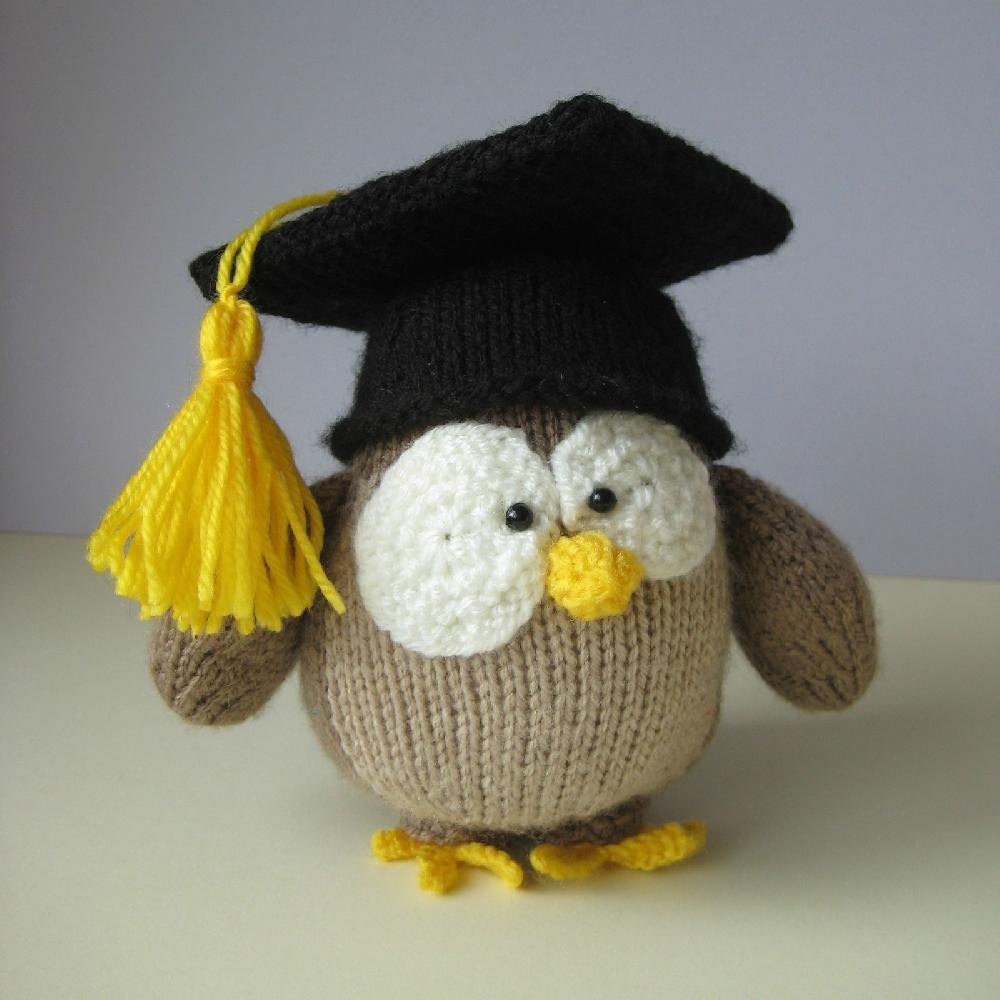 Graduation Owl Knitting pattern by Amanda Berry | Knitting Patterns ...