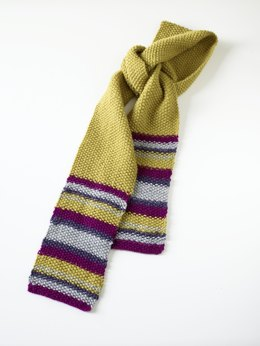 Striped Scarf in Lion Brand Wool-Ease - 70338AD