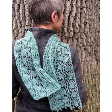 Pear and Trellis Scarf