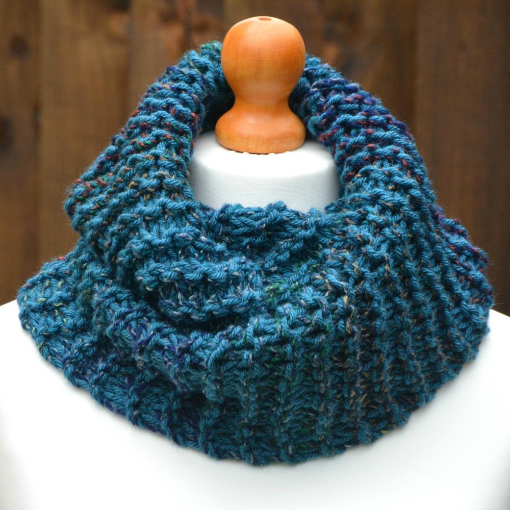 Chunky Loose Knit Infinity Scarf Kpwi01 Knitting Pattern By Knit Purl