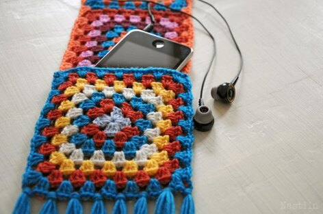 Pretty Pocketed crochet scarf in bright colors