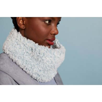 Convertible Hat/Cowl in Lion Brand Go For Faux - Downloadable PDF