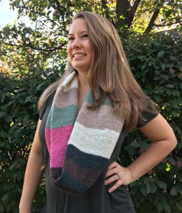 Tubular Cowl in Plymouth Yarn Hot Cakes - F826 - Downloadable PDF