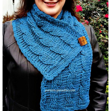 Cable Button Scarf 12-068
