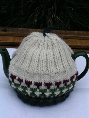 Little Tea Cosy Book with 6 Tea Cosy Patterns