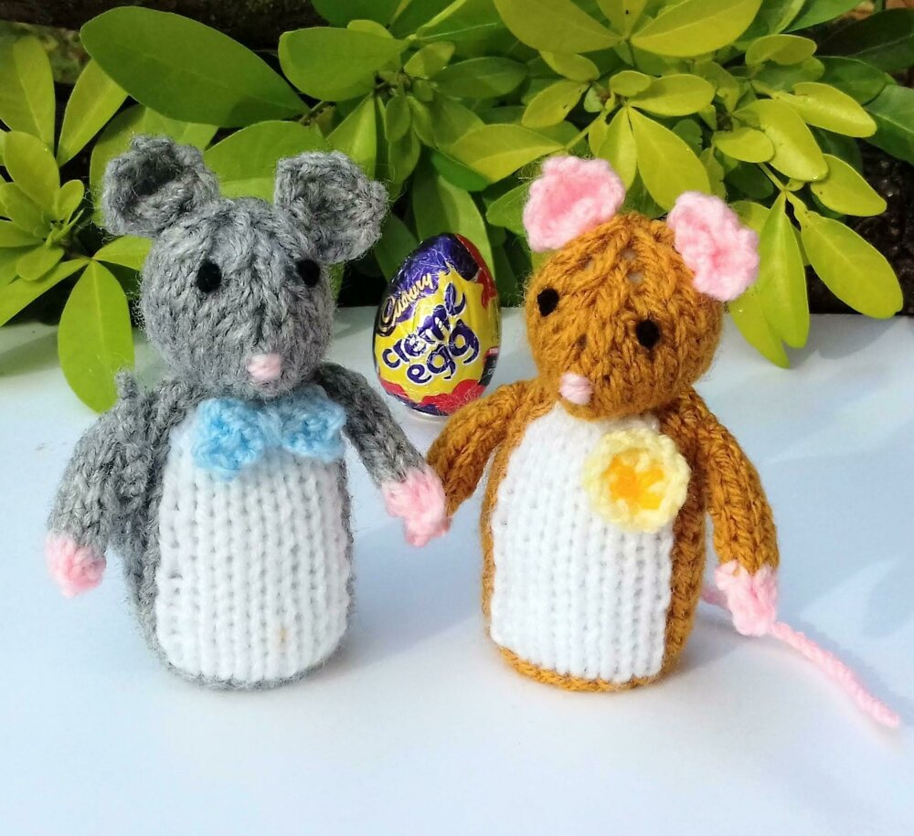 d32f74540819 Town Mouse   Country Mouse - Easter Egg Covers Knitting pattern by ...