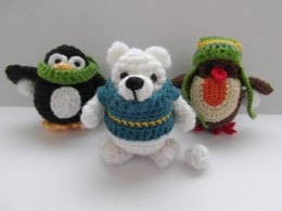 Snowball Fighters - penguin, robin and polar bear