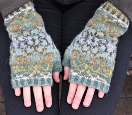 Autumn Leaves Mittens