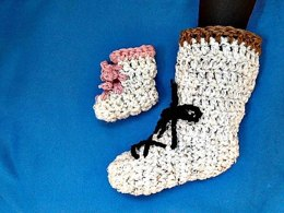 911 - SNOW BOOT TALL SLIPPERS