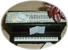 1:12th scale piano runner