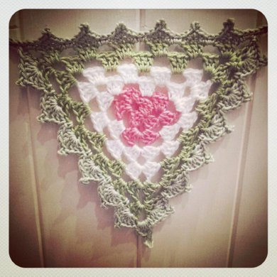 Granny Bunting / Garland with Edging