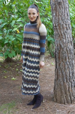 Maxi dress with chevrons skirt