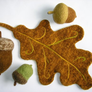 Felted Woolly Acorn & Oak Leaf