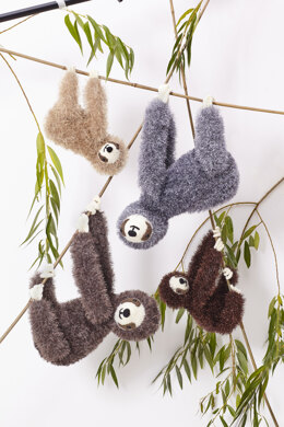 Large sloth, Small sloth in King Cole Tinsel in King Cole - 9138