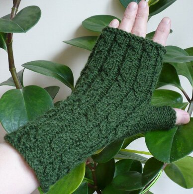 Green Forest Mitts