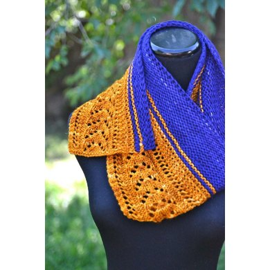 Lace Arrow Shawlette