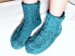 Jodi Cable Loom Knit Slipper Socks