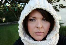 Snow Drifts Hooded Cowl