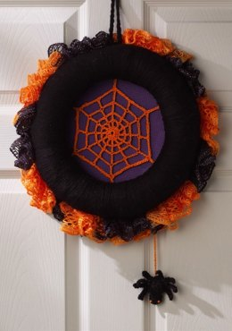 Spiderweb Halloween Wreath in Red Heart Super Saver Economy Solids - LW3748