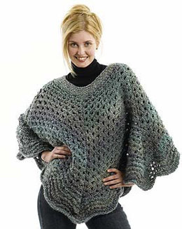 Poncho de Punto de Borde Festoneado - Regreso a Casa in Lion Brand Homespun