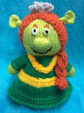 Princess Fiona Choc Orange Cover   Shrek Toy Knitting pattern by ... 1fa996c3ac3
