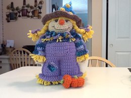 Amigurumi Hayleigh the little scarecrow crochet pattern