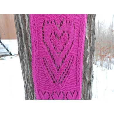 Framed Hearts Valentine Scarf