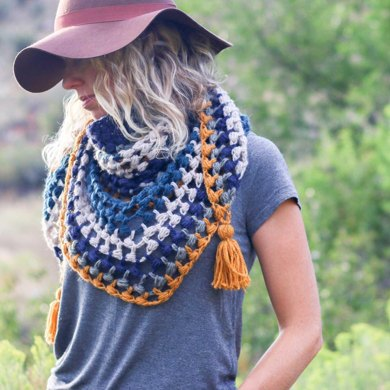 The Revival Scarf Crochet pattern by Jess Coppom | Make and Do Crew