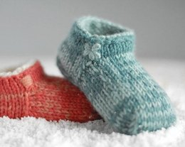 Baby booties that Stay on 'Style Noah'