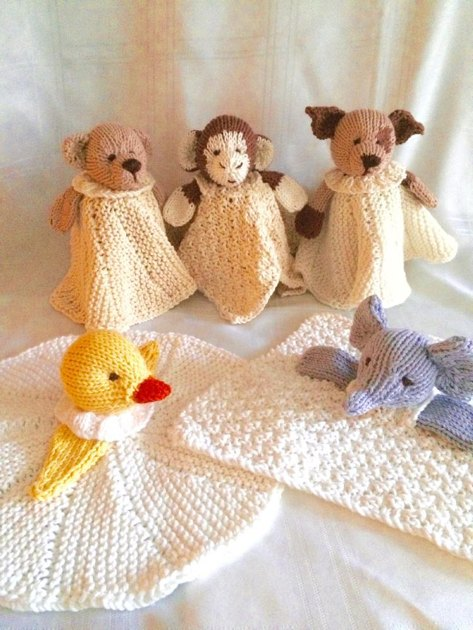 Mini Cuddly Blankies Knitting pattern by Gypsycream