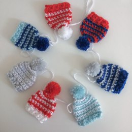 Christmas Bobble Hat Garland