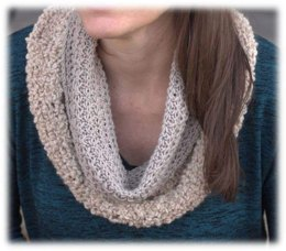 Tuck Stitch Cowl in Plymouth Yarn Arequipa Aventura & Worsted - 3050 - Downloadable PDF