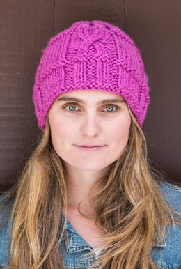Ridged Cable Hat #709