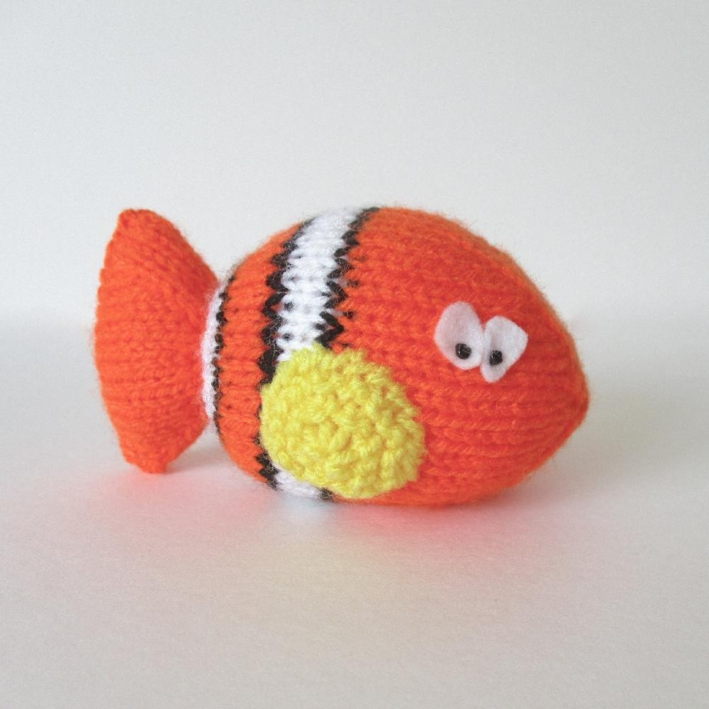Clown fish knitting pattern by amanda berry for Clown fish price