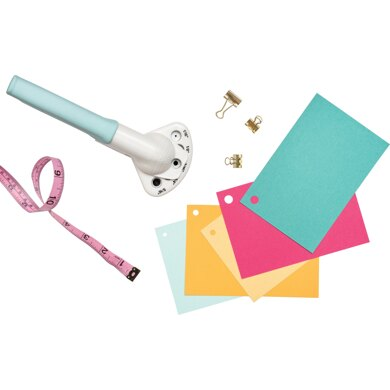 We R Memory Keepers Crop-A-Dile Multi-Punch - Aqua