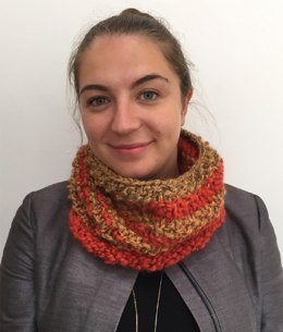 """""""Cosy Cowl"""" - Cowl Knitting Pattern For Women in Debbie Bliss Lara and Roma Weave"""