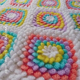 Floral Yummy baby blanket foral granny square