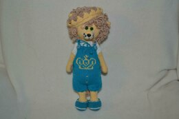 Leo the lion amigurumi doll