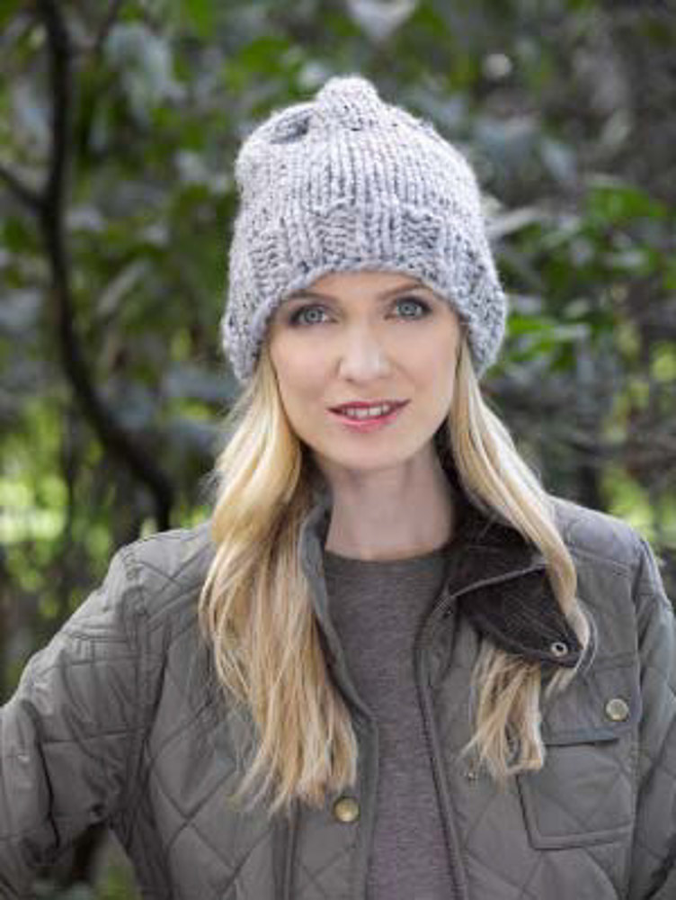 Simple Knit Hat In Lion Brand Wool Ease Thick Quick L32214d
