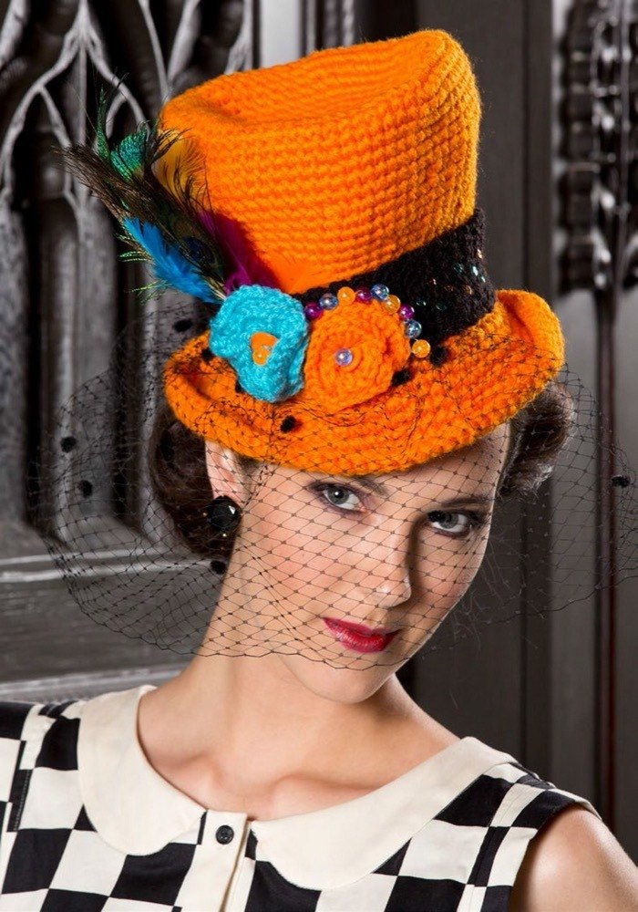 Halloween Top Hat In Red Heart Super Saver Economy Solids