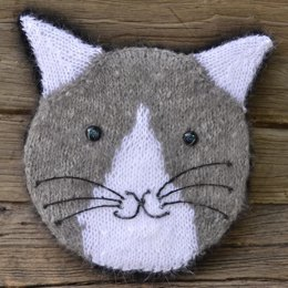 Knit Your Cat Pillow