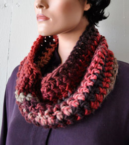 Super Quick & Easy Crochet Cowl in Crystal Palace Yarns Chunky Mochi