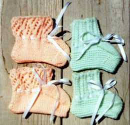2 Styles Baby Booties