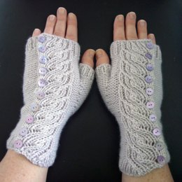 Nest button up mitts