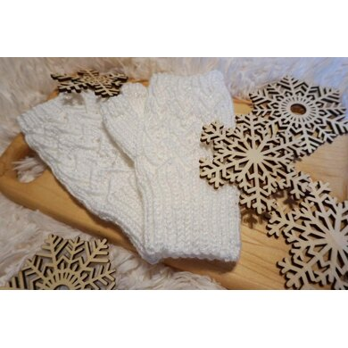 Lace Fingerless Mittens